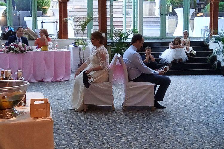 ДиДжей-за-сватбата